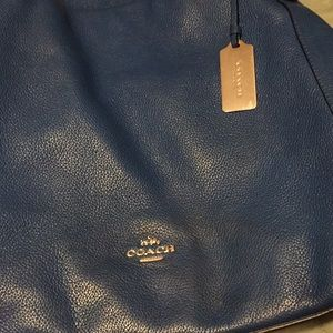 Coach bag use